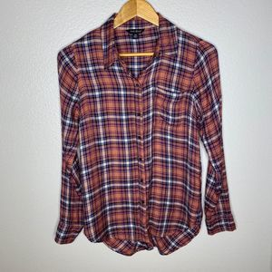Lucky Brand Plaid Rose & Navy Button Top